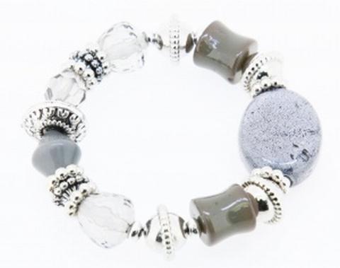 Armband grijs 99124 | Trendy armband met grijze kralen