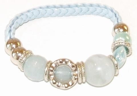 Armband blauw 89992 |  Gevlochten armband kralen baby blauw