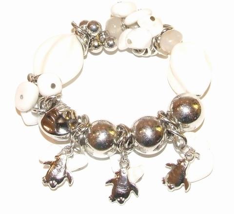 Bedelarmband wit 909033 | Armband met witte kralen + bedels