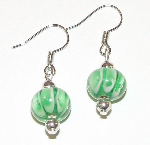 Oorbellen groen 79132 | Oorbellen groene kralen en strass