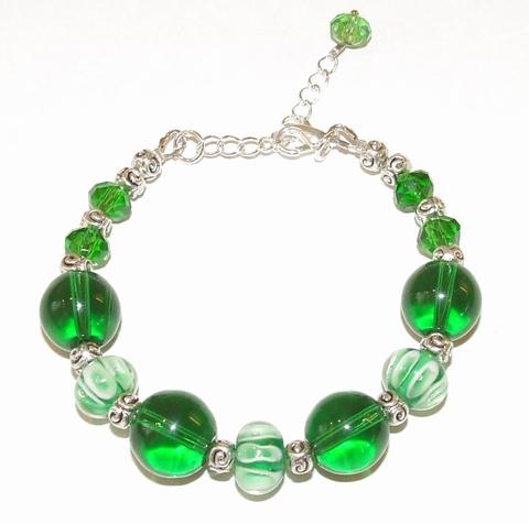 Armband groen 19233 | Opvallende groene armband glas/metaal
