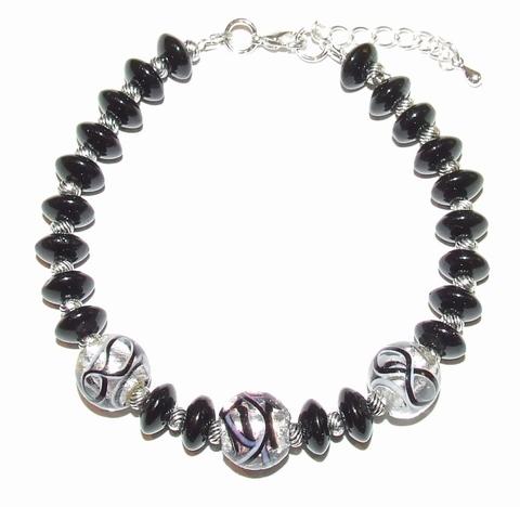 Armband zwart 45778 | Trendy armband met zwarte glaskralen