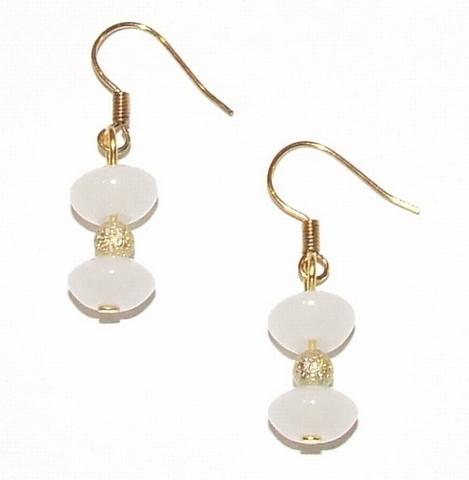 Oorbellen wit 77189 | Oorbellen witte glaskralen goudkleurig