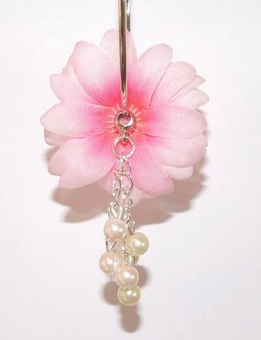 Oorbel bloem 87161 | Bloemoorbel roze met bedels GTST
