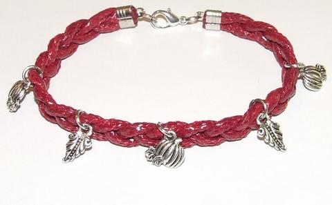 Armband rood 15512 | Bordeaux rode veterarmband met bedels