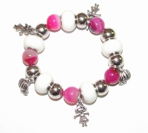 Armband met roze Agaat kralen en bedeltjes