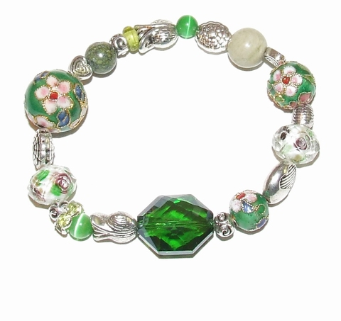 Armband groen 8011 | Groene glaskralen armband