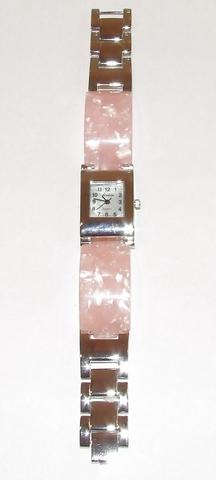 Horloge met roze parelmoer