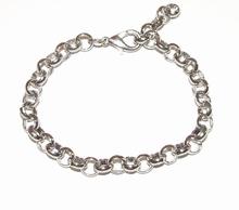 Zilverkleurige metalen basis armband