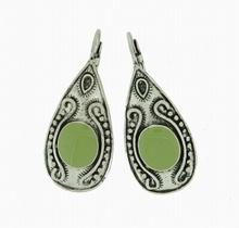 Oorbellen groen 33556 | Trendy groene oorbellen