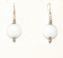 Oorbellen wit 95133 | Witte oorbellen glaskralen/metaal