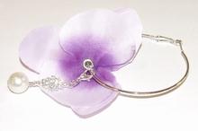 Oorbel bloem 77101 | Bloemoorbel viool lila met bedels GTST